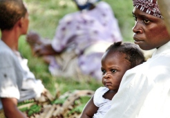 Mother and child on a rural market in Kasenda